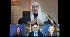الشيخ العيسى خلال لقائه أعضاء مجلس الشؤون العالمية في لوس انجلوس
