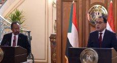 الدكتور عبد الله حمدوك رئيس الوزراء السوداني ومصطفى مدبولى