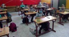طلاب المدارس ارشيفية