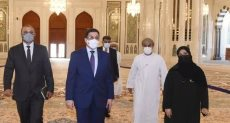 وزير الخارجية اليمنى خلال جولته فى السلطنة