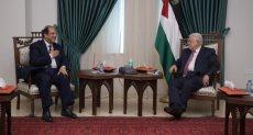 الرئيس الفلسطيني أبو مازن والوزير عباس كامل