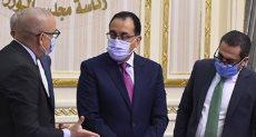 الدكتور مصطفى مدبولى رئيس الوزراء و الدكتور عاصم الجزار، وزير الإسكان